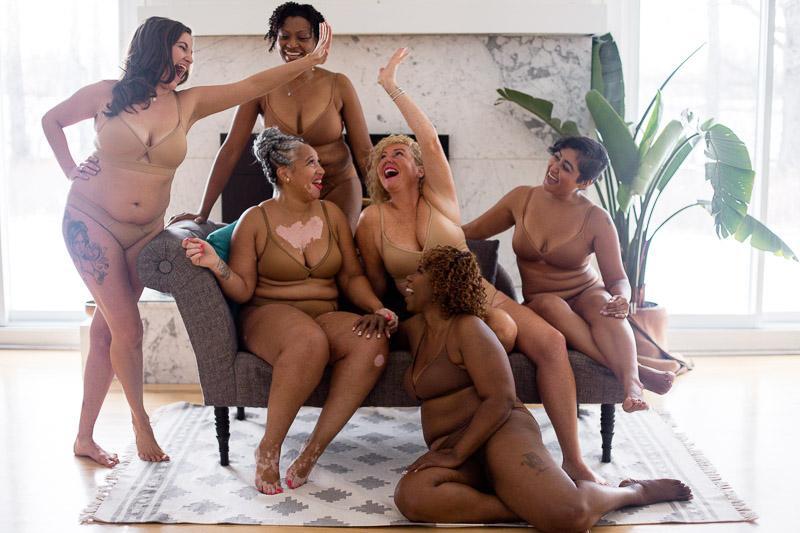 Love & Nudes